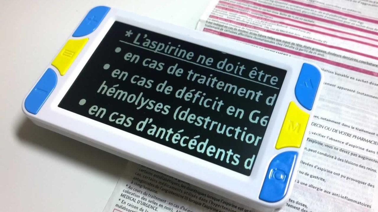 tablette-loupe-electronique-opticien-de-proximité
